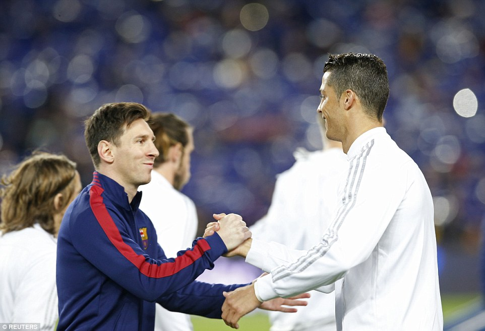 Fair Play Messi and Ronaldo